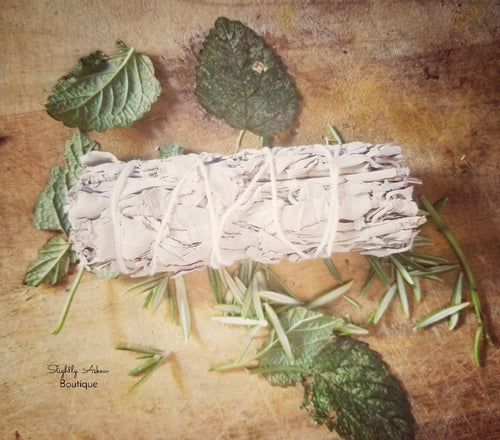 Extra Large Californian White Sage Smudging Stick - 18cm