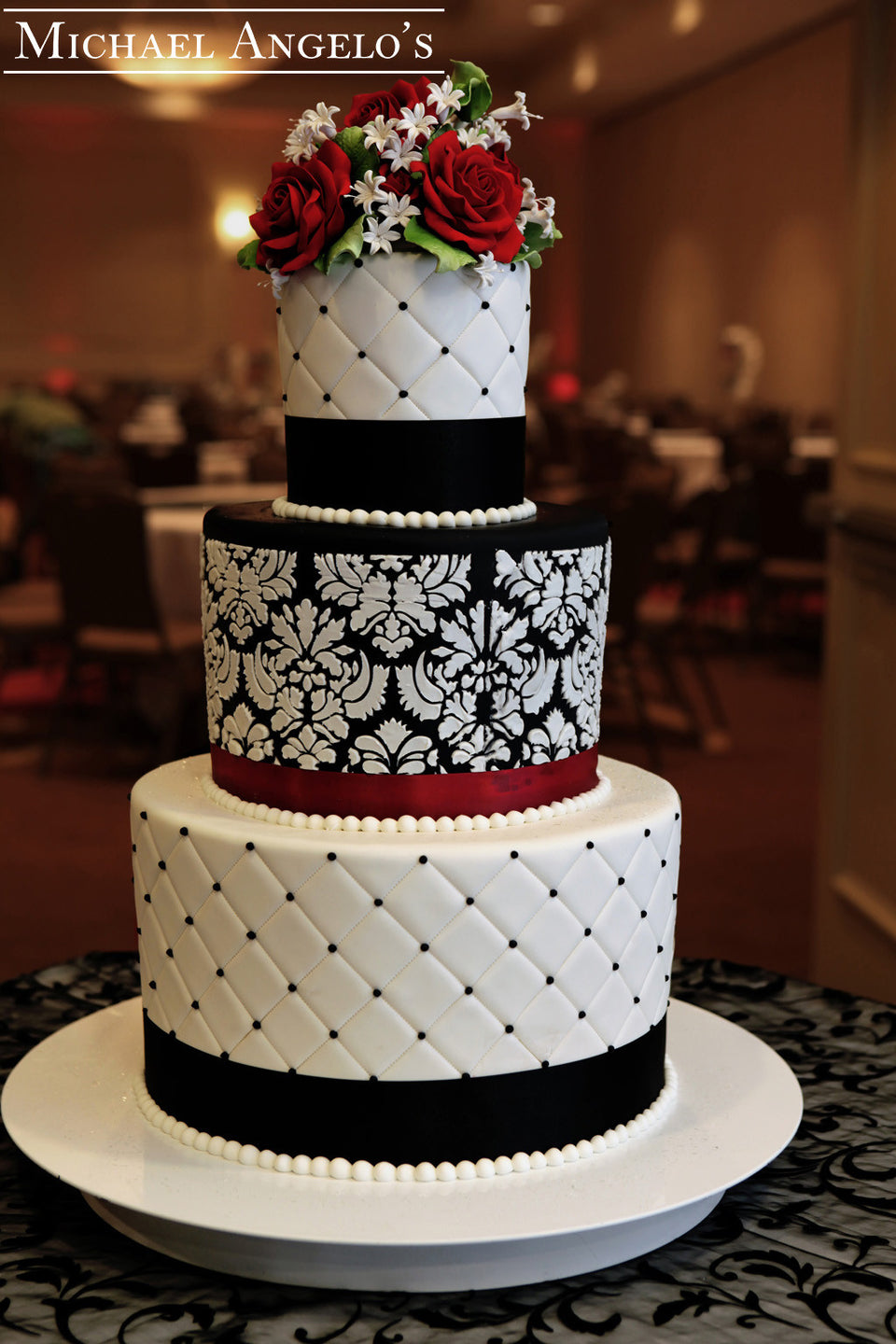 collections/damask_cake_jpg_to_post.jpg