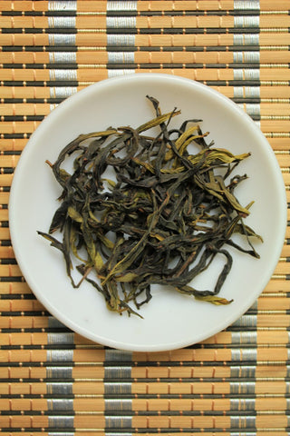 """2013 WINTER"" Supreme Phoenix Dancong ""Snow Flake"" Oolong Tea. http://china-cha-dao.com"