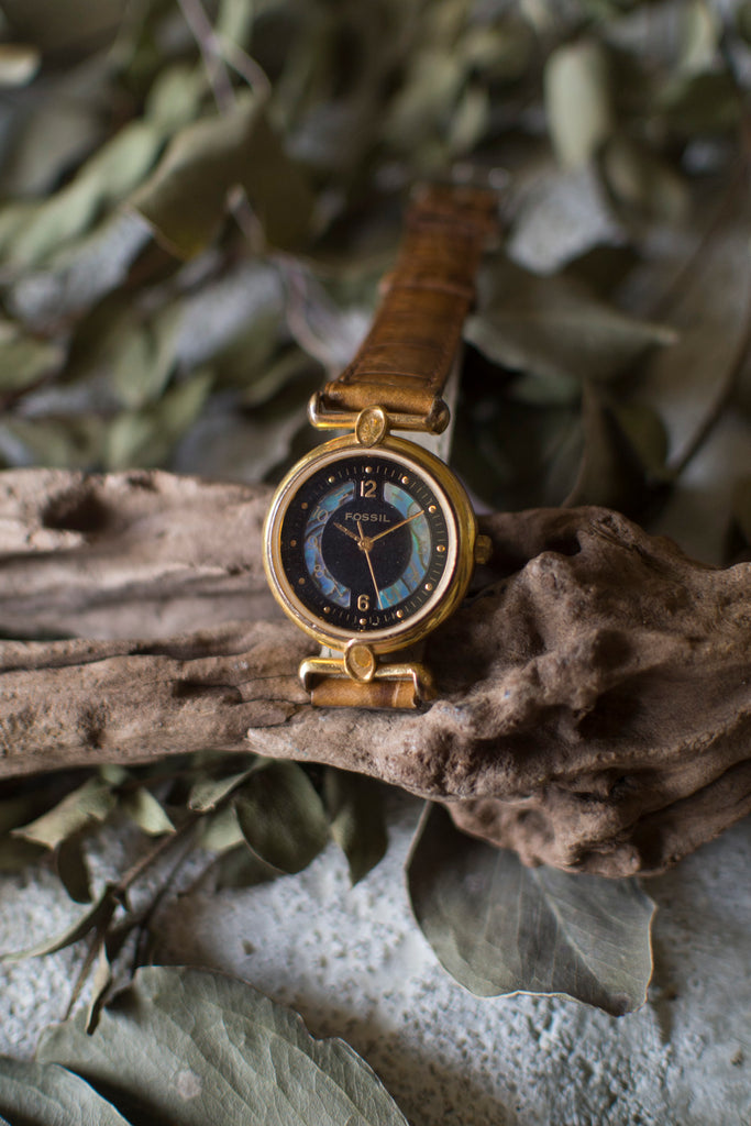 True Vintage: Fossil Finesse