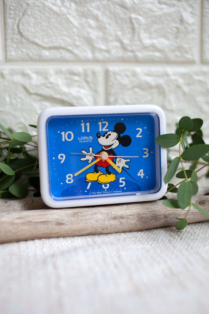 True Vintage: White Mickey Clock