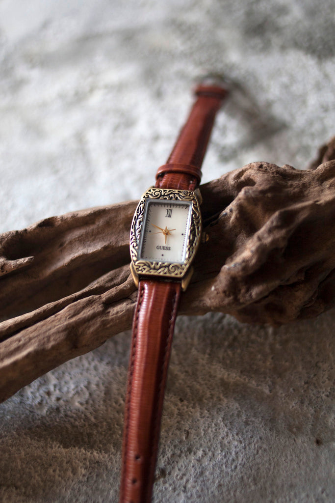 True Vintage: Guess Perennial