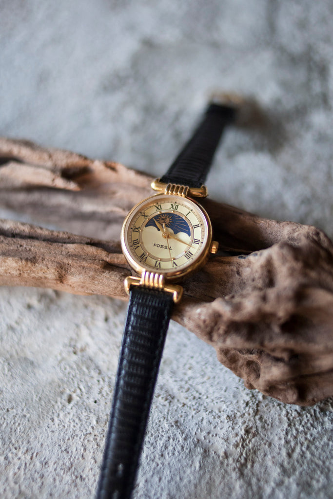 True Vintage: Fossil Lucent