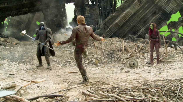 Guardians of the Galaxy's Chris Pratt shows Epic Dance Battle - Behind The Scenes