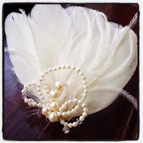 Divinity Feather Hairpiece