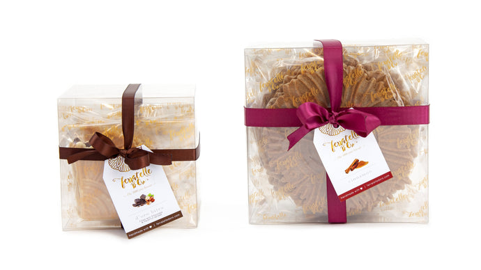 One D'Oro Bites Box with ferratelle or pizzelle filled with chocolate and hazelnut spread, and one D'Oro Box with ferratelle or pizzelle