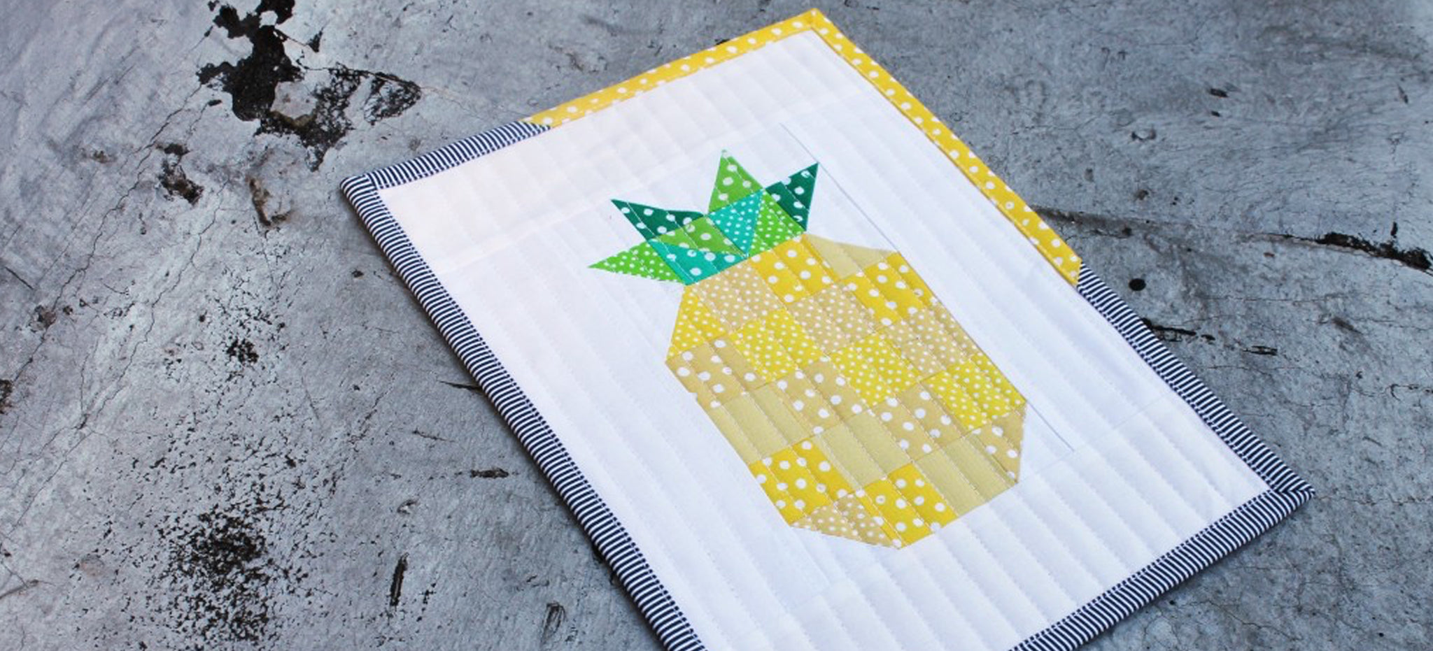 Pineapple Patchwork Mini Quilt