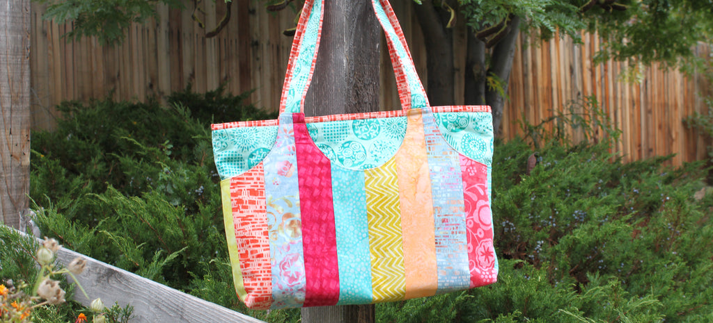 Cooper Carry-All in Bali Batiks