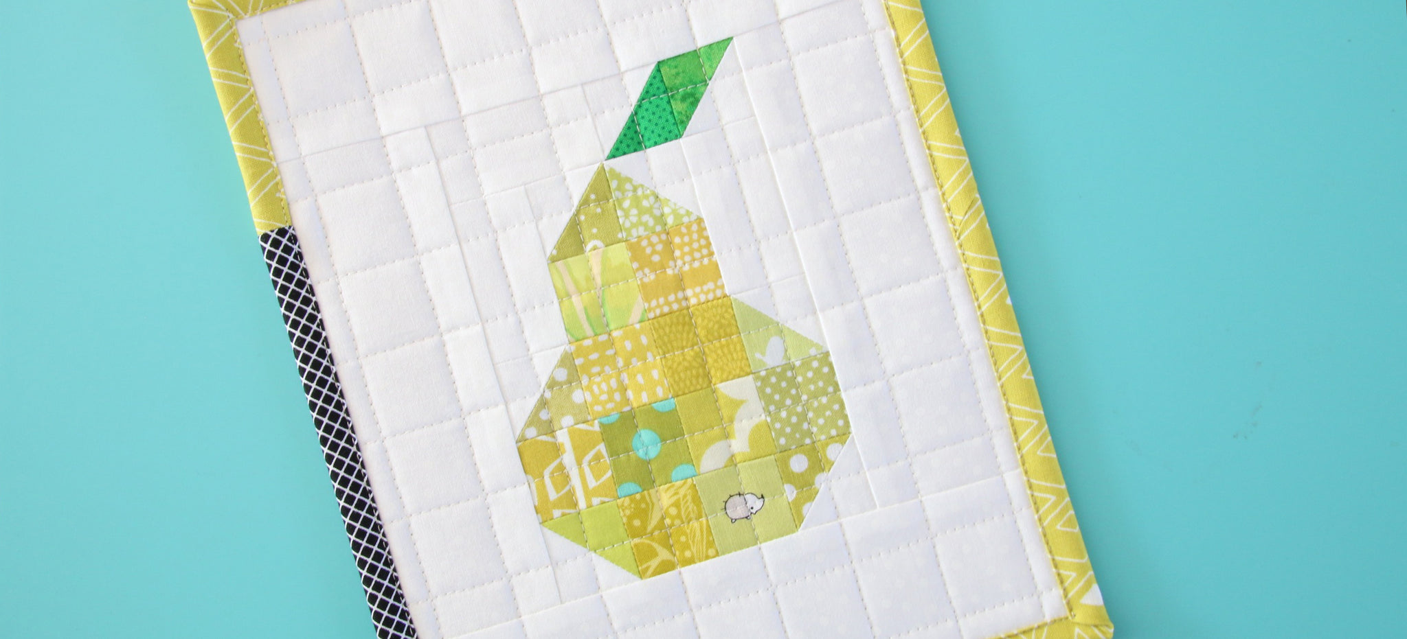 Free Patchwork Pear Mini Quilt Pattern