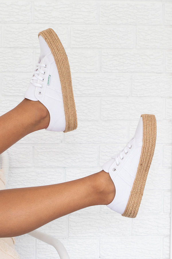 Charlotte Sneaker White Canvas