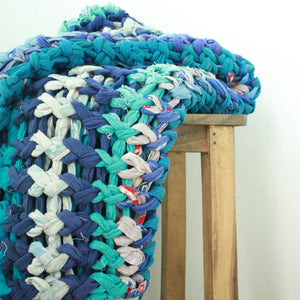 Chunky knit throw blankets in vintage cotton (one of a kind) Blanket Made with - recycled/vintage cotton Blue Color