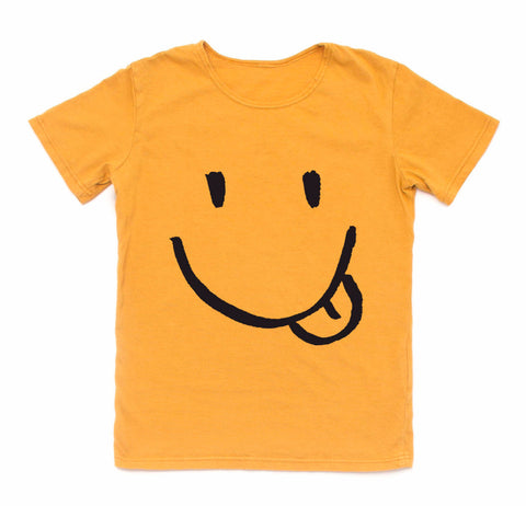 Smile Graphic Tee in Soft Gold