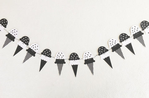 Black & White Ice Cream Cones Garland