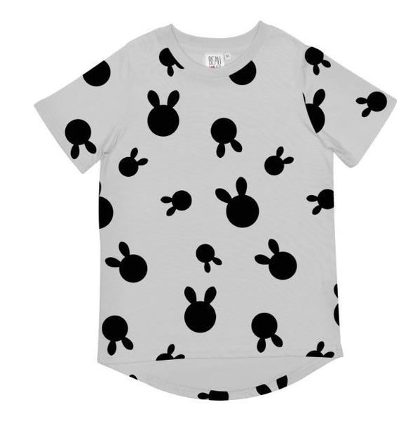 Rabbit Dots Tee in Light Grey