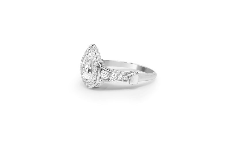 14ct White Gold Pear Shaped Cluster Ring