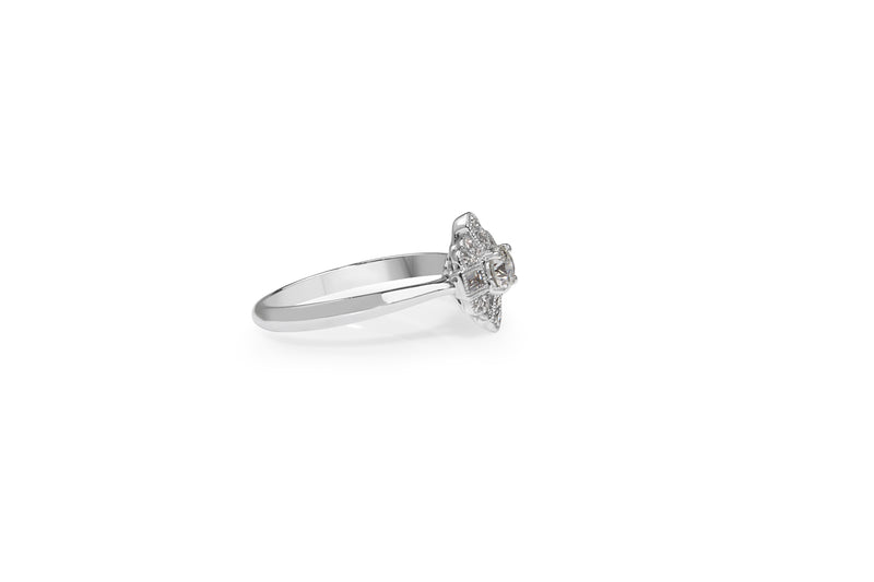 18ct White Gold Diamond Deco Style Ring