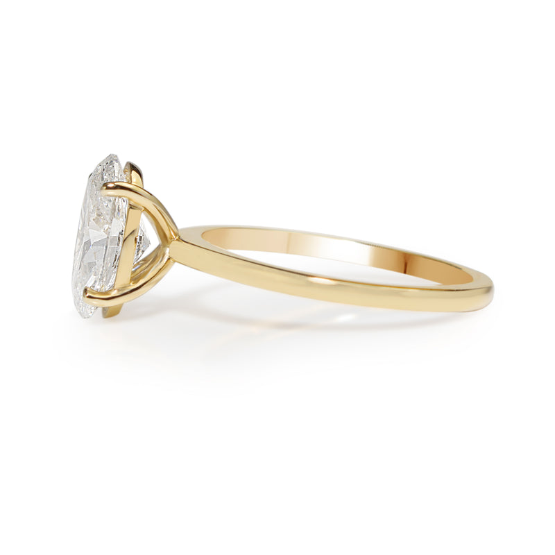 18ct Yellow Gold Oval Diamond Solitaire