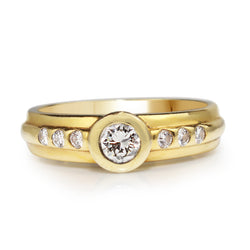 18ct Yellow Gold Bezel Diamond Ring
