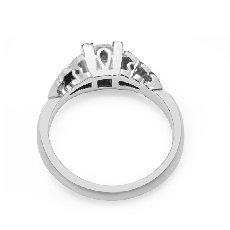 18ct White Gold Vintage Style Diamond Solitaire Ring
