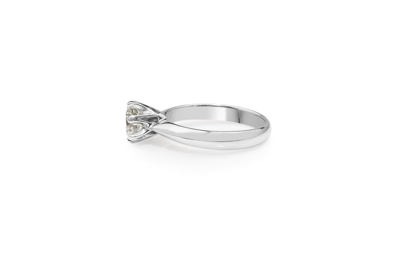 18ct White Gold 6 Claw Solitaire Diamond Ring