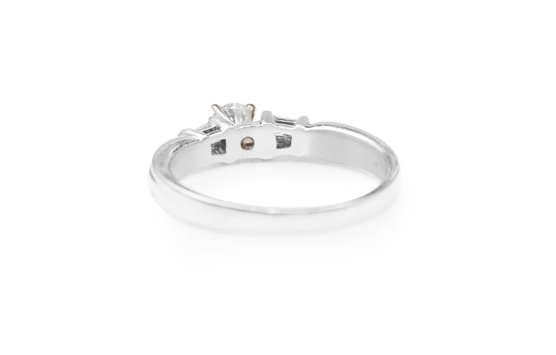 Platinum Vintage Diamond Solitaire Ring