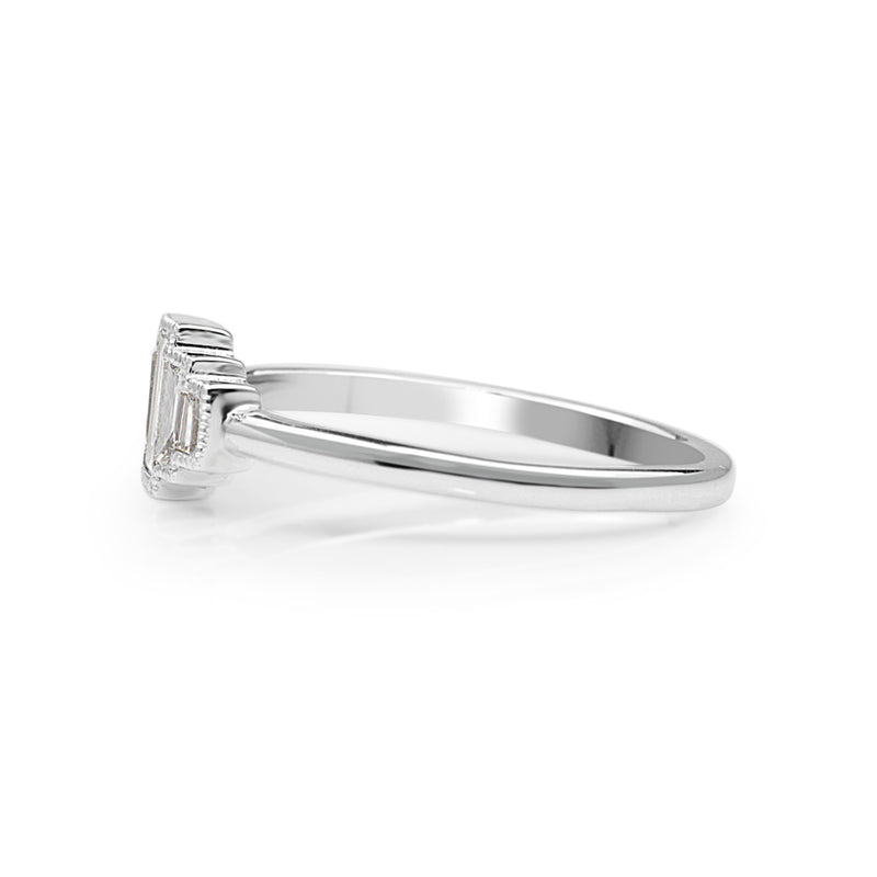 18ct White Gold 5 Stone Baguette Ring