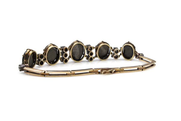 9ct Yellow Gold Antique White and Black Star Sapphire Bracelet