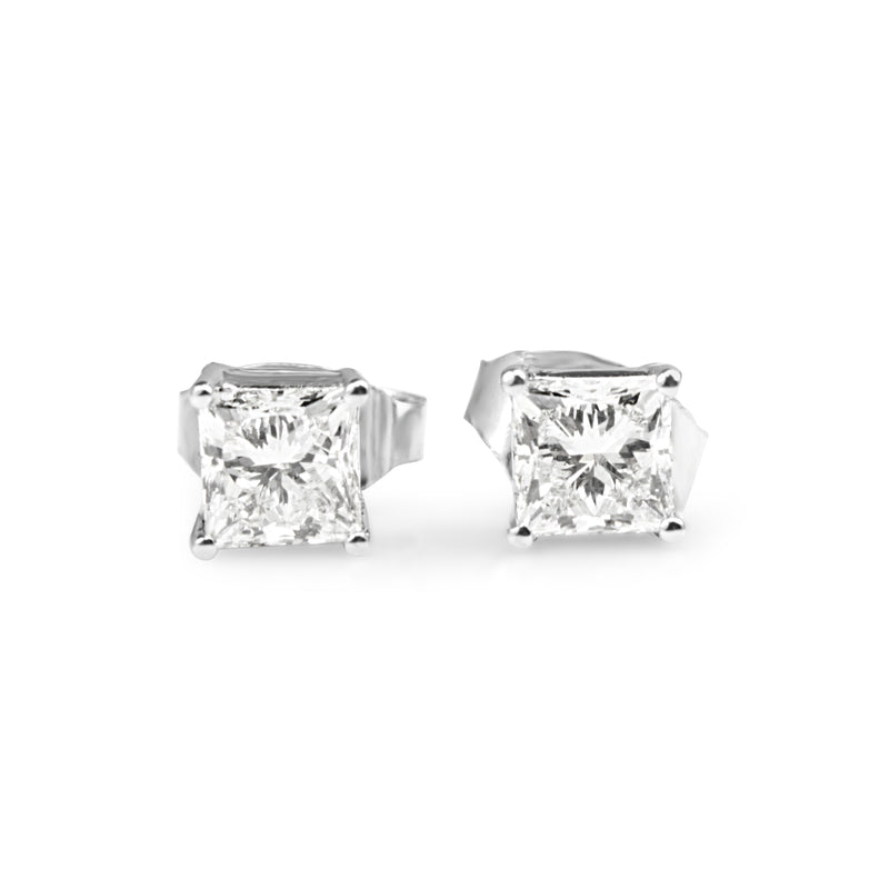 18ct White Gold 1.10ct Diamond Stud Earrings