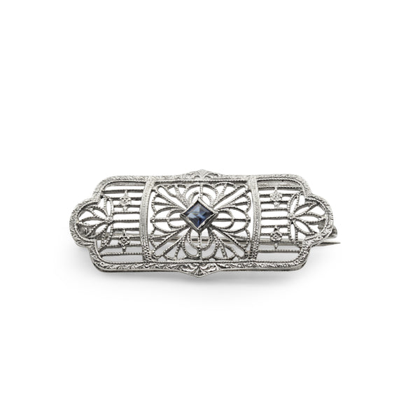 10ct White Gold Filigree Sapphire Brooch