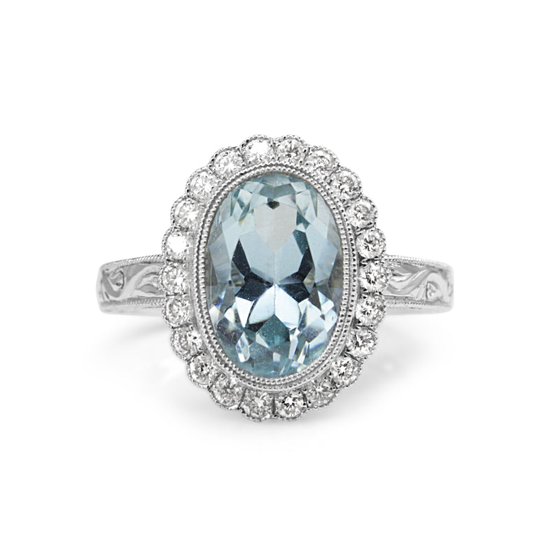 18ct White Gold Aquamarine and Diamond Daisy Ring