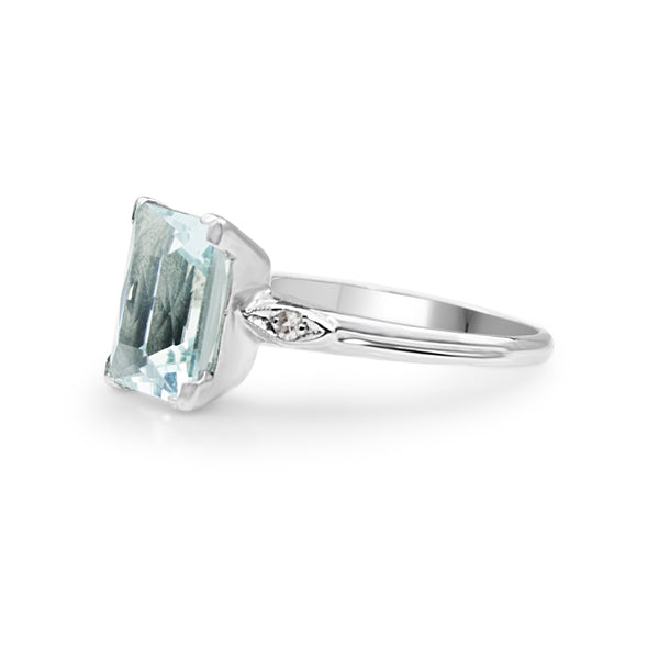 10ct White Gold Aquamarine and Diamond Ring