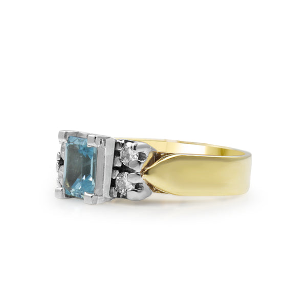 18ct Yellow Gold and Palladium Aquamarine and Diamond Ring