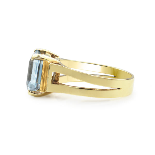 14ct Yellow Gold Aquamarine Solitaire Ring