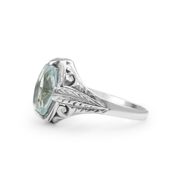 18ct White Gold Art Deco Aquamarine Ring