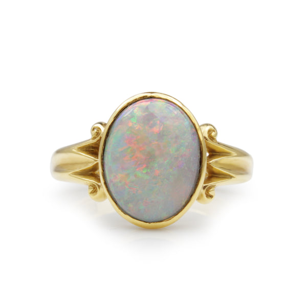18ct Yellow Gold Vintage Opal Ring