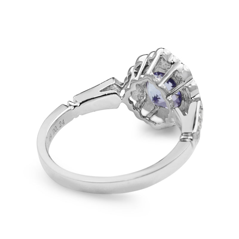 18ct White Gold Tanzanite and Diamond Daisy Style Ring