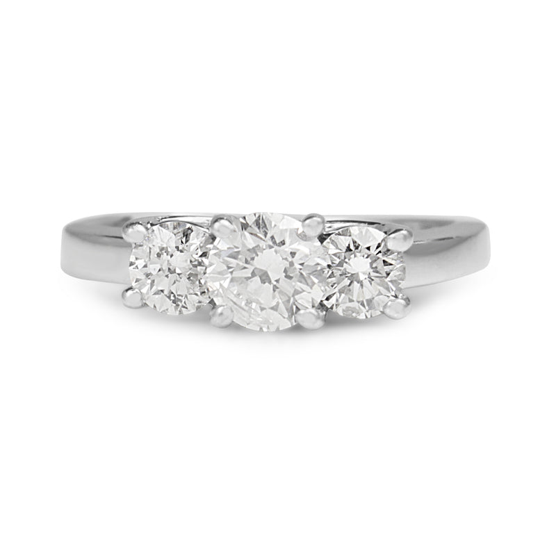 14ct White Gold and Platinum Topped 3 Stone Diamond Ring