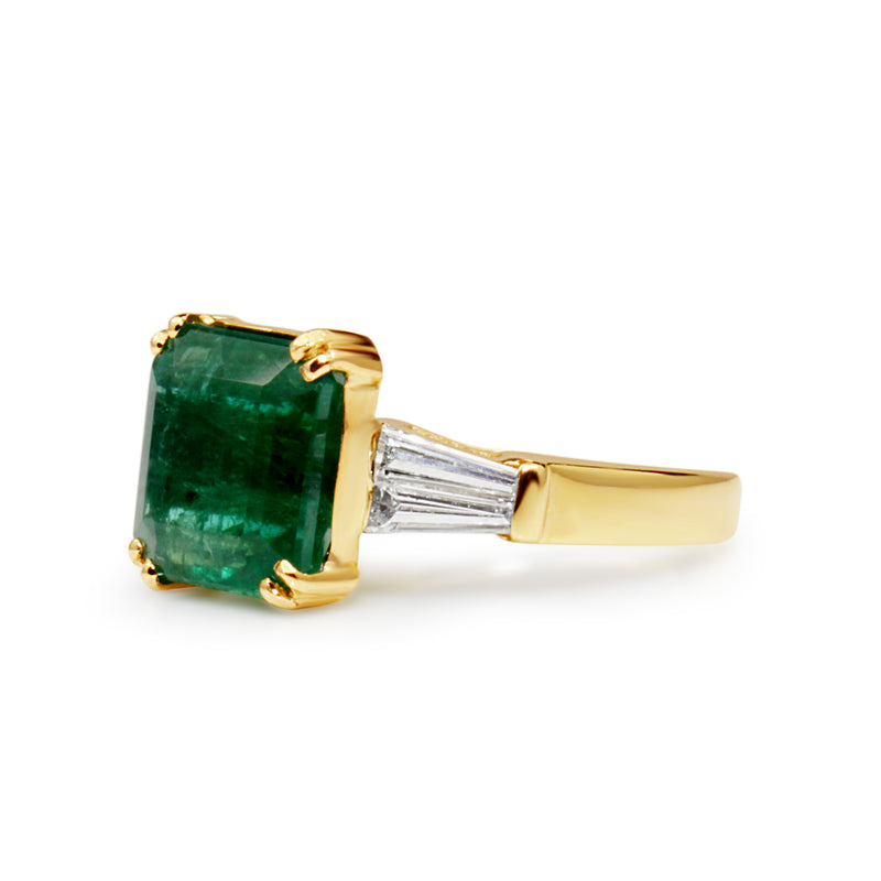 14ct Yellow Gold Emerald and Diamond Ring