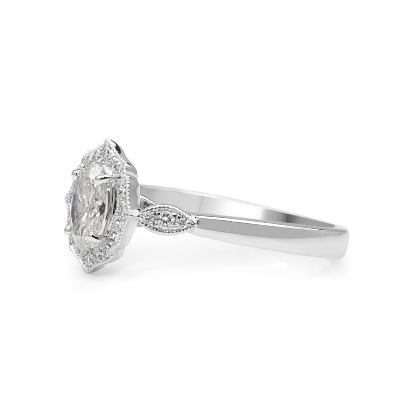 18ct White Gold Vintage Style Oval Diamond Ring