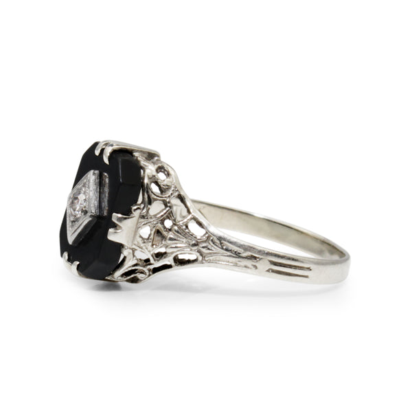 10ct White Gold Art Deco Onyx and Diamond Ring