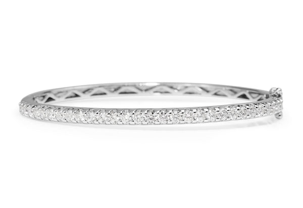 9ct White Gold Hinged 2.25ct Diamond Bangle