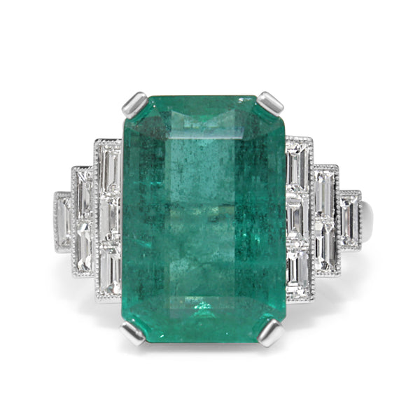 18ct White Gold Emerald and Diamond Art Deco Style Diamond Ring