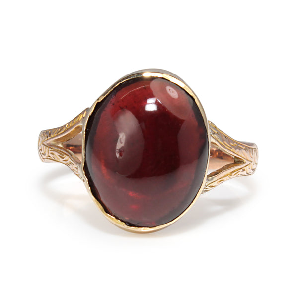 9ct Yellow / Rose Gold Antique Cabochon Garnet Ring