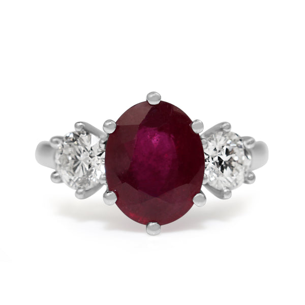 18ct White Gold Ruby and Diamond 3 Stone Diamond Ring