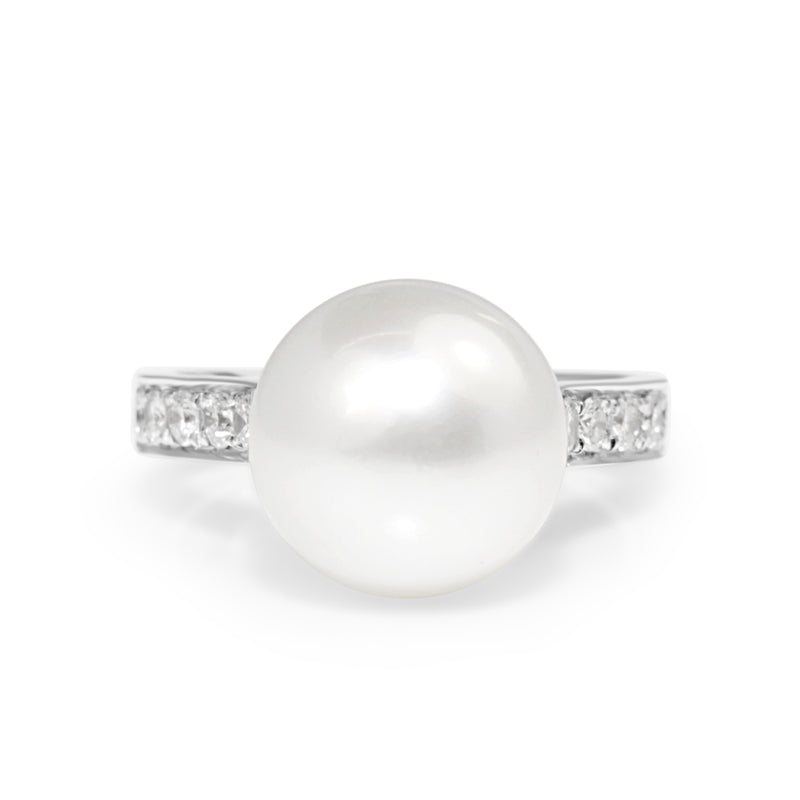 18ct White Gold South Sea 11mm Pearl and Diamond Ring