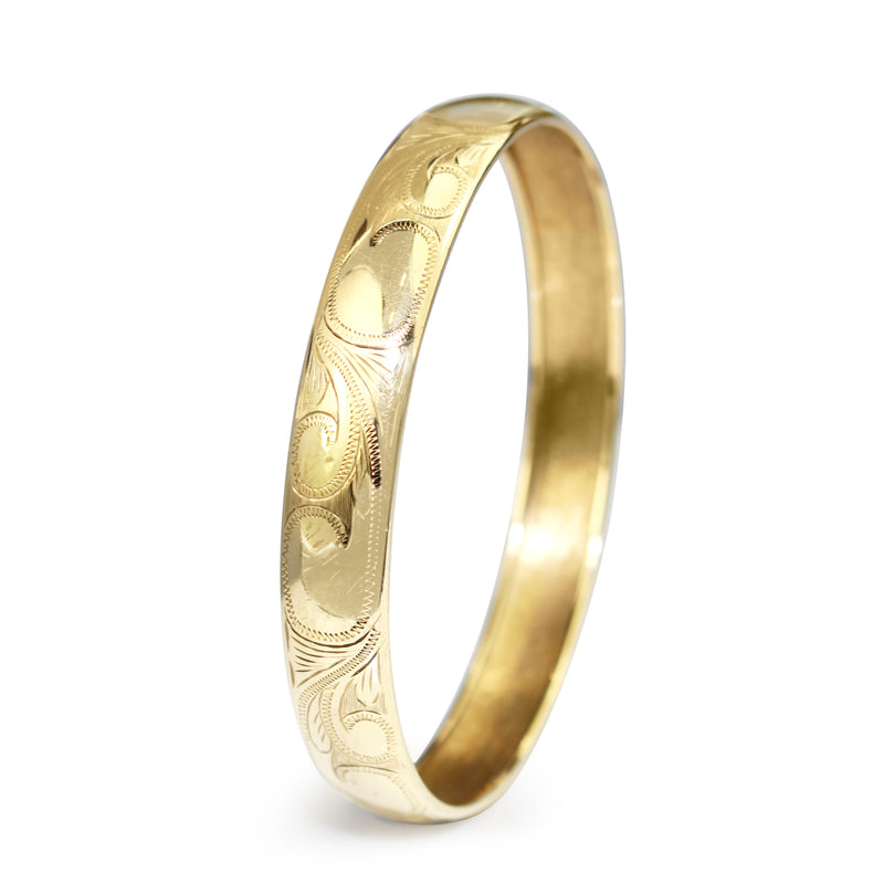 9ct Yellow Gold Engraved Round Bangle
