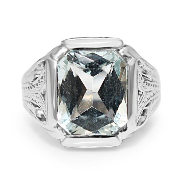 14ct White Gold Vintage Aquamarine Ring