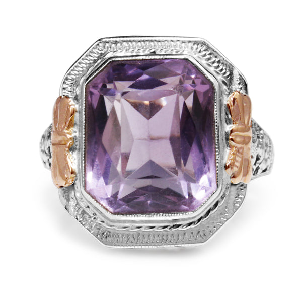 18ct White Gold Art Deco Amethyst Filigree Ring with Rose Gold Detail