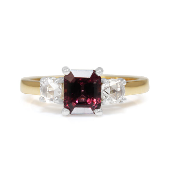 18ct Yellow and White Gold Spinel and Rose Cut Diamond 3 Stone Ring