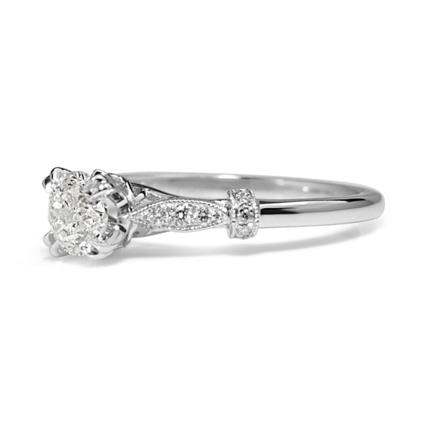 18ct White Gold Vintage Style Solitaire Ring